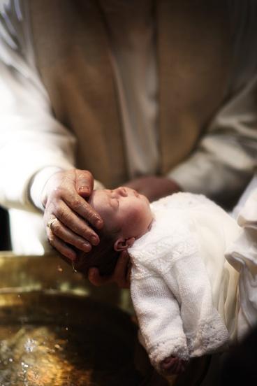 infant-baptism-water-7
