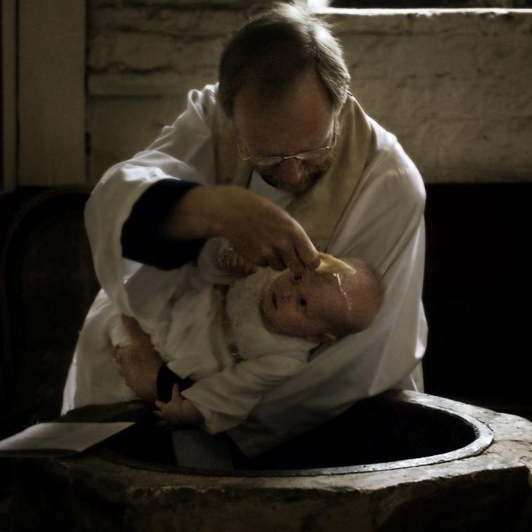 infant-baptism-water-4